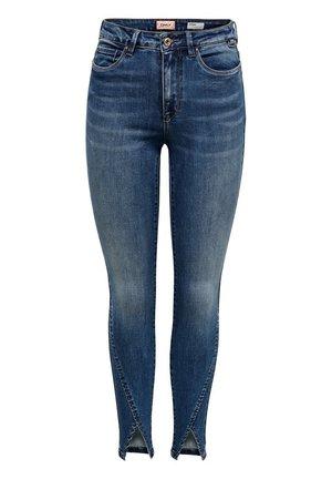 ONLCORINA  - Jeans Skinny Fit - medium blue denim