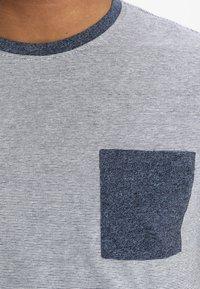 Pier One - Print T-shirt - blue - 3