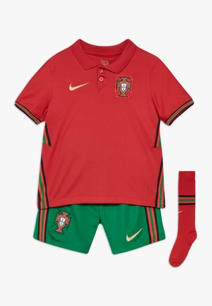 PORTUGAL HM SET - Sports shorts - gym red/metallic gold