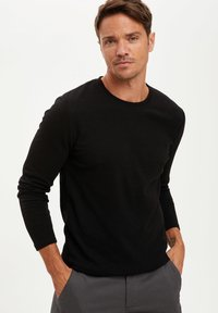 DeFacto - MAN - Jumper - black - 2