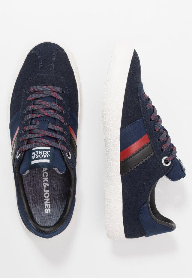 JRWALCOT  - Sneakersy niskie - navy blazer