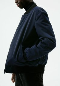 HUGO - Bomber Jacket - dark blue - 3