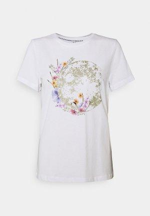 ONLKITA LIFE PLANET - Camiseta estampada - white