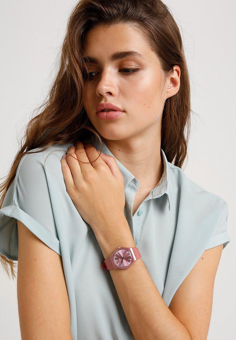 Swatch - PASTELBAYA - Zegarek - rosa