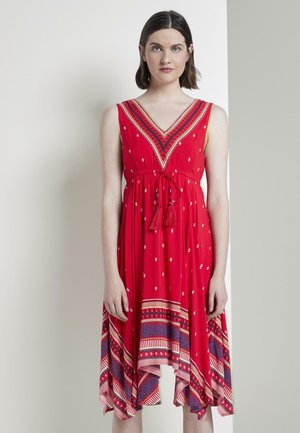 TOM TAILOR KLEIDER & JUMPSUITS LUFTIGES TUCHLEID MIT MUSTERUNG - Day dress - zipfelkleid skirt aop red