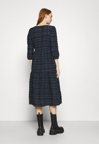 YAS - YASCHIA  DRESS - Robe d'été - night sky/black check - 2