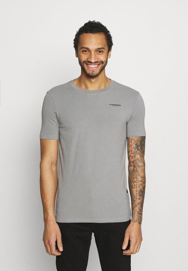 SLIM BASE R T S\S - Basic T-shirt - charcoal