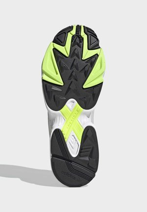 YUNG-1 SHOES - Joggesko - green