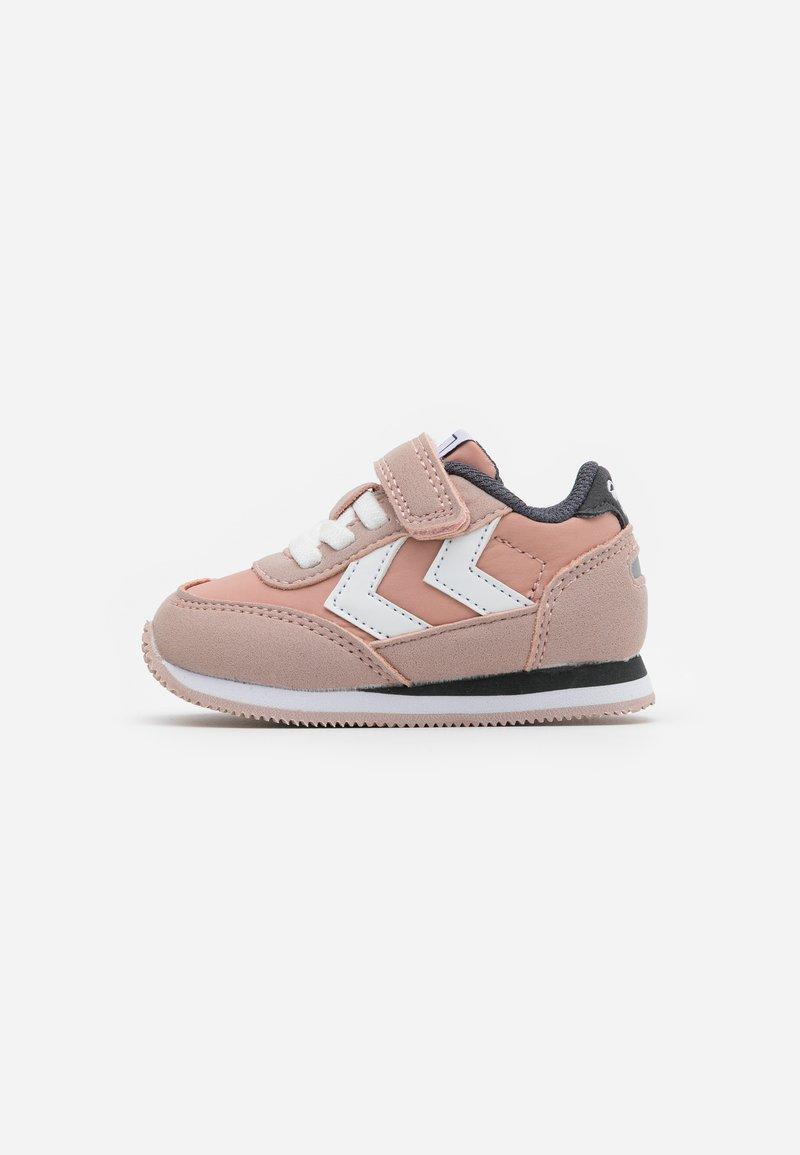 Hummel - REEFLEX INFANT - Sneakers laag - pale mauve