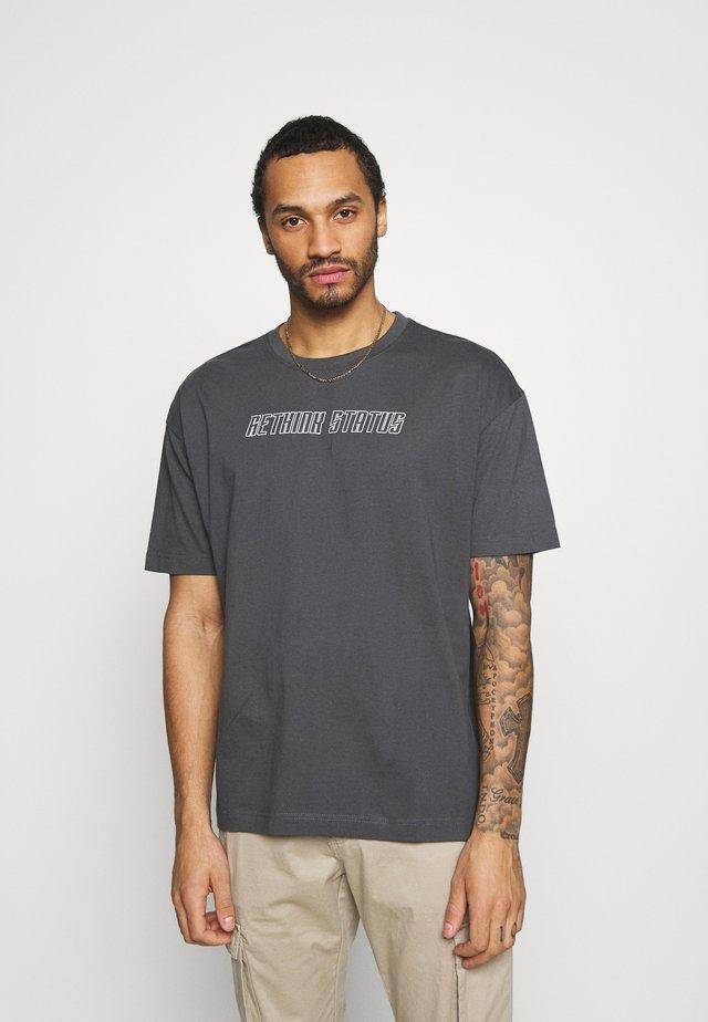UNISEX - T-shirt imprimé - iron