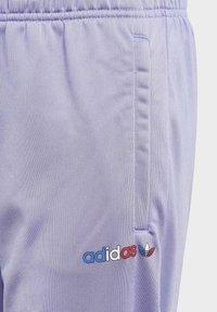 adidas Originals - Pantalon de survêtement - purple - 2