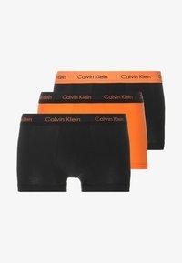 Calvin Klein Underwear - LOW RISE TRUNK 3 PACK - Shorty - multi - 3