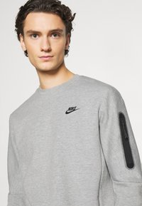 Nike Sportswear - Sweatshirt - grey heather/black - 3