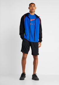Nike Performance - DRY TEE ATHLETE - T-shirt imprimé - game royal/habanero red - 1