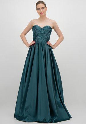 TRÄGERLOSES MIT PERLEN-APPLIKATION - Cocktail dress / Party dress - türkis