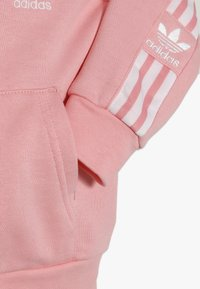 adidas Originals - LOCK UP HOODIE SET - Chándal - light pink - 4