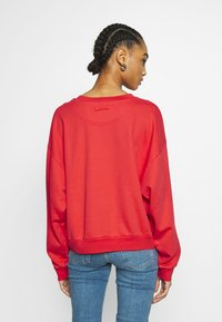 Levi's® - DIANA CREW - Sweater - ultra soft tomato - 2