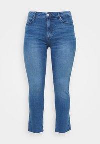 Pieces Curve - PCLUNA STRAIGHT - Straight leg jeans - medium blue denim - 5