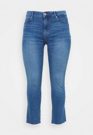 PCLUNA STRAIGHT - Straight leg jeans - medium blue denim