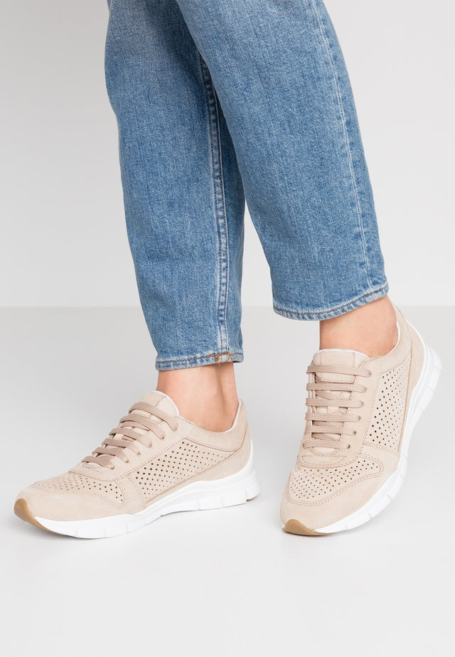 SUKIE - Sneakers basse - light taupe