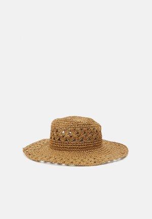 SHADY LADY DAISY CHAIN HAT - Beach accessory - natural