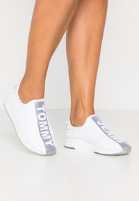 Tommy Jeans - TECHNICAL FLEXI  - Mocassins - white - 0