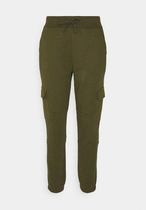 UTILITY PANT - Spodnie treningowe - northwood olive