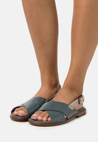 Chie Mihara - Sandals - freya petrol/dali iron - 0