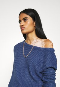 Missguided - OPHELITA OFF SHOULDER JUMPER - Pullover - blue - 3