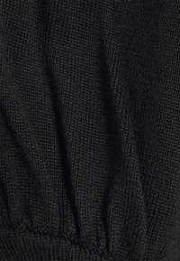 Missguided - CUT OUT PUFF SLEEVE - Jumper - black - 2