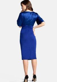 HotSquash - EMMA - Pouzdrové šaty - blue - 1
