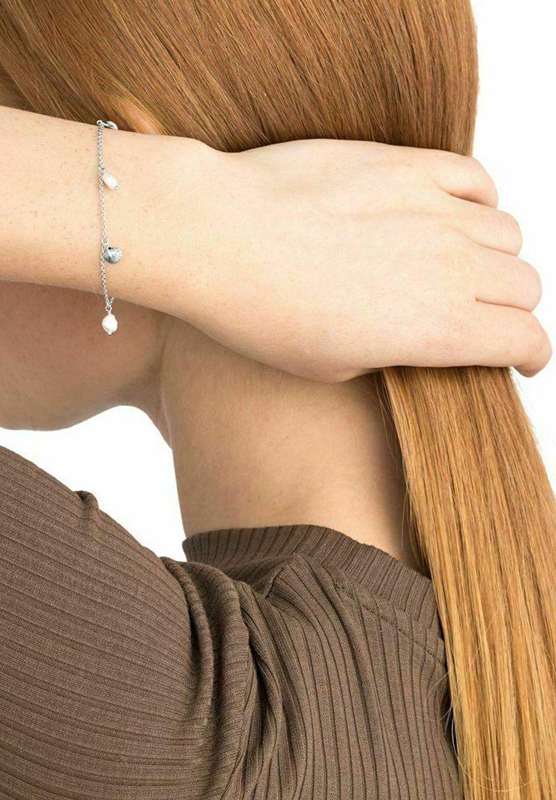NOELANI - SHELL - Bracelet - silber
