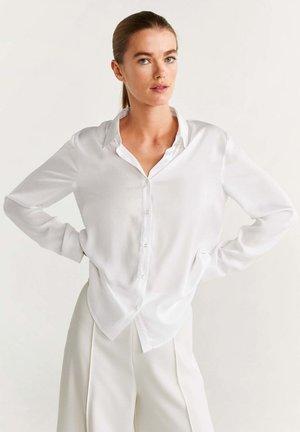 LUPITA - Button-down blouse - creamy white