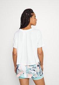 Nike Performance - Basic T-shirt - white/black - 2
