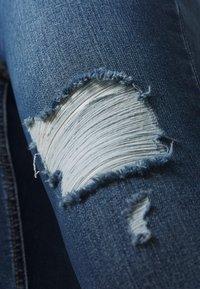 ONLY Carmakoma - CARWILLY LIFE DETROY - Jeans Skinny Fit - light blue denim - 5