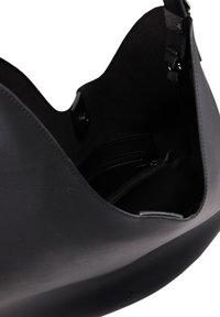 DreiMaster - Handbag - black - 5