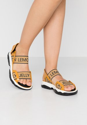 BECKY - Sandales de randonnée - mustard