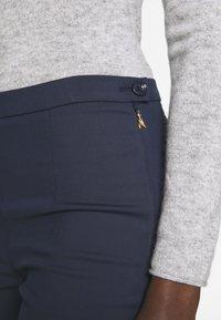 Patrizia Pepe - HIGH WAIST PANT - Trousers - navy - 4