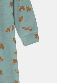 Lindex - ONESIES BABY SQUIRREL UNISEX - Pyjamas - light dusty aqua - 2
