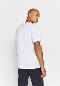 Champion - CREW NECK 2 PACK - Basic T-shirt - white/navy - 2