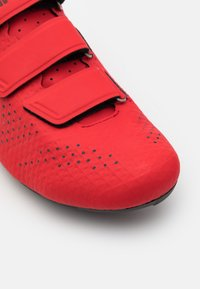 Giro - STYLUS - Fietsschoenen - bright red - 5