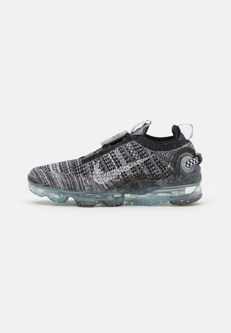 Nike Sportswear - AIR VAPORMAX 2020 UNISEX - Trainers - black/white