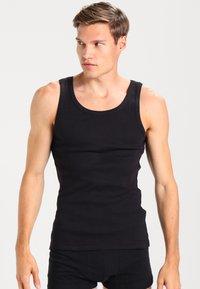 Zalando Essentials - 3 PACK - Undershirt - black - 1