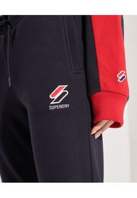 Superdry - Tracksuit bottoms - deep navy - 2
