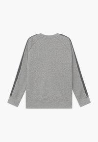 Nike Sportswear - CREW - Sweatshirt - grey heather/white/charcoal heather - 1