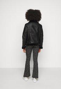 Topshop Petite - CASSY - Faux leather jacket - black - 2