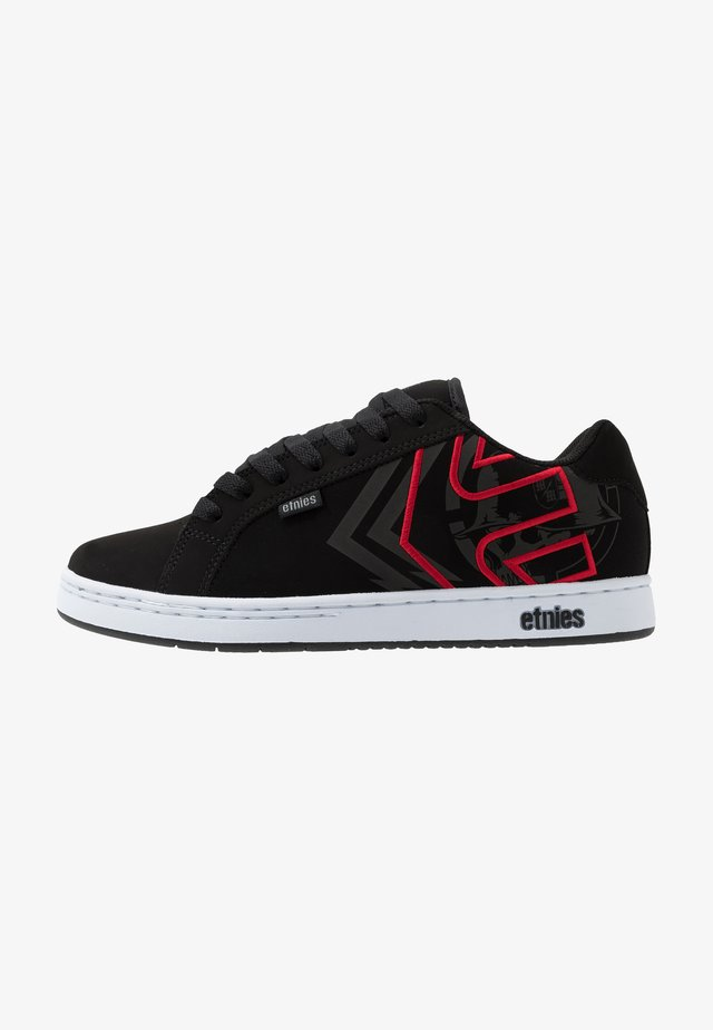 Sneakersy niskie - black/red