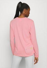 Hi-Tec - ESMUND - Long sleeved top - misty rose - 2