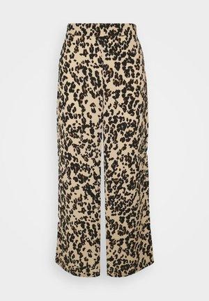 VMSAGA WIDE PANT - Trousers - fenya