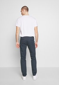 Royal Denim Division by Jack & Jones - JJIMIKE JJROYAL  - Chino kalhoty - blue denim - 2